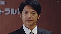 城崎 勝也(緒形 直人)
